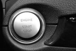 Auto manufacturers need stable startup partners