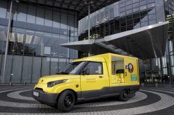 U.S.P.S. picks AM General to build next-generation mail trucks