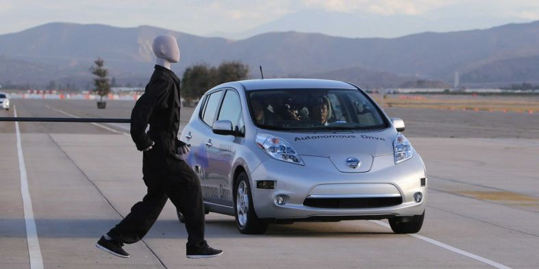 zipcar-founder-says-the-future-of-self-owned-driverless-cars-is-a-nightmare.jpg