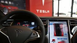 Your Tesla car can be hacked by Android Malware