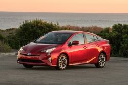 Toyota backtracks, contemplates selling hybrid tech to competitors