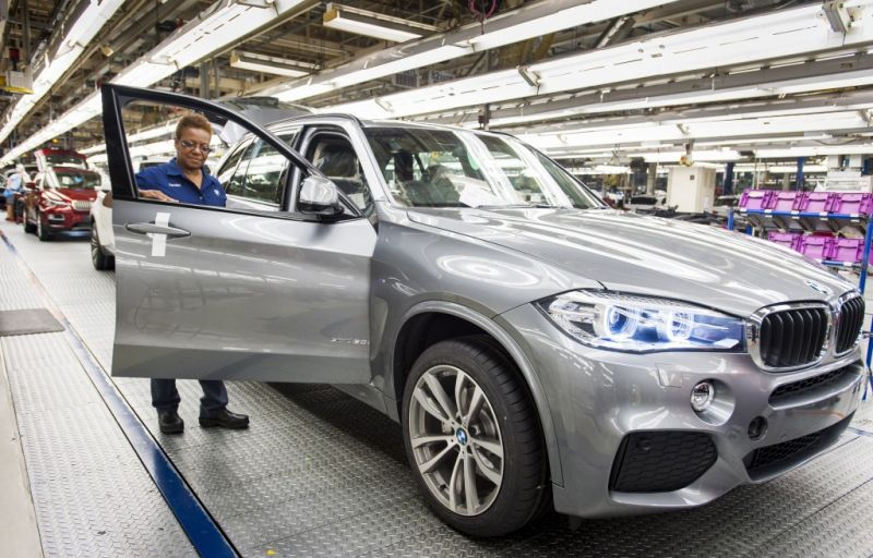 Trump Turns Ire Towards German Automakers With 35 Percent Tariff