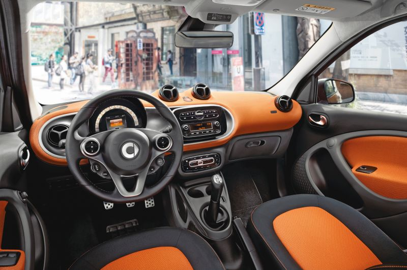 Dash Labs Smart Car, Data-Hungry Device is a Huge Win for Automotive Businesses