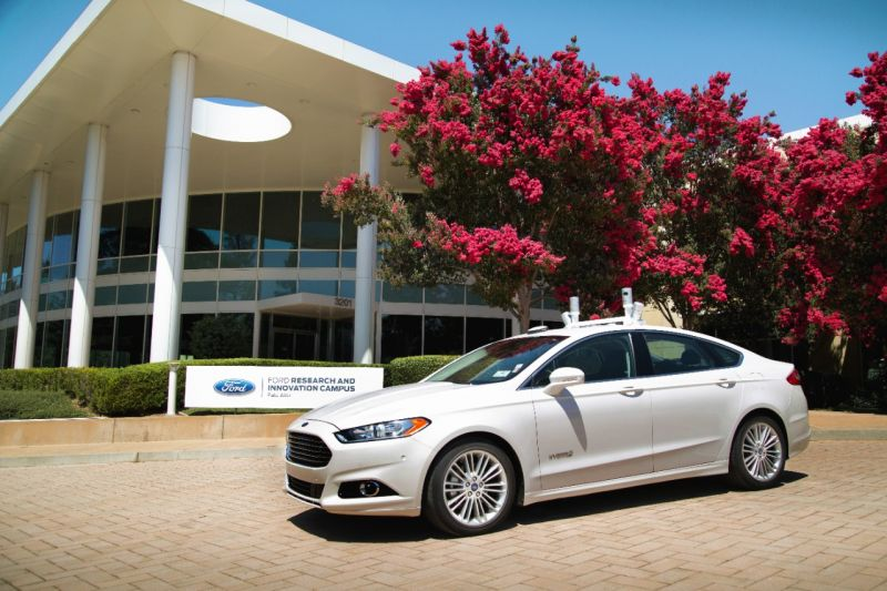Ford Executive Provides More Realistic Timeline for Driverless Cars