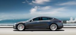 Tesla is Being Sued by Owners Over 'Dangerous Defective' Autopilot