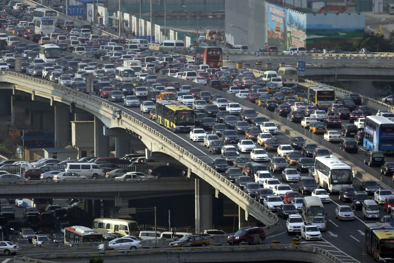 One Driverless Vehicle Can Ease Heavy Traffic, Study Finds