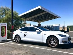 Tesloop​ is building mobility service using autonomous & connected Tesla vehicles