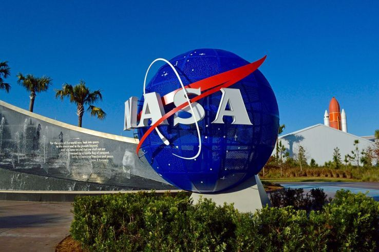 NASA to Form Three Research Teams on Self-driving and Drone Technology