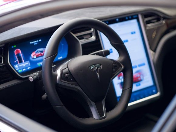 June 23rd, 2017 News of the Day: Tesla might have its music streaming, Geely could move Lotus to China