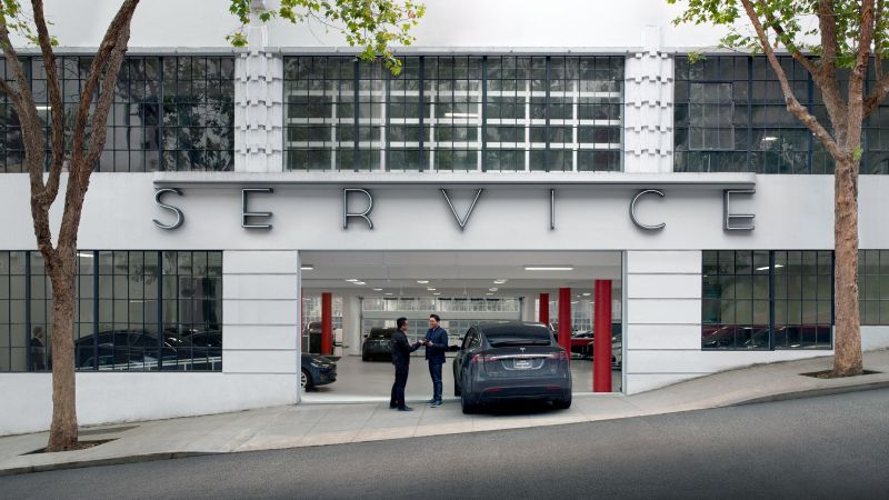 July 11th, 2017 News of the Day: Tesla to triple its service, Porsche posts half-year sales record