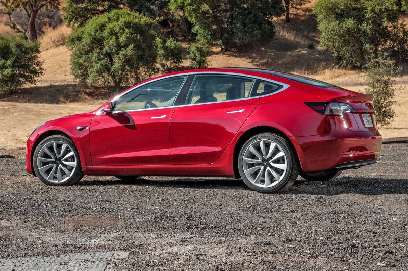 Aug 3, 2017 News of the Day: Tesla Averaging 1,800 Model 3 Orders Per Day, Toyota & Mazda Plan Joint Assembly Plant in U.S.