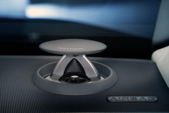 Audi-A8-gets-new-bang-and-olufsen-3d-sound-system.jpg