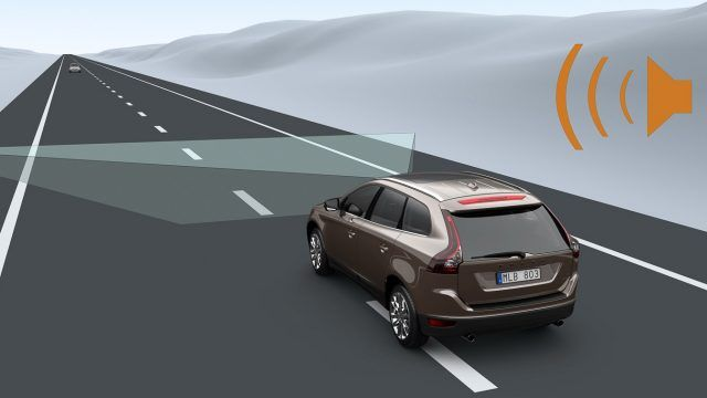 IIHS Study Finds Lane Departure and Blind Spot Warning Could Save Thousands of Lives