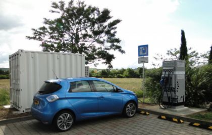 Renault Installs Charging Stations Powered by Used EV Batteries