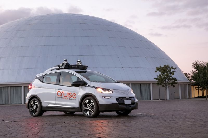Is it Possible For Autonomous Cars to Perform Too Well?