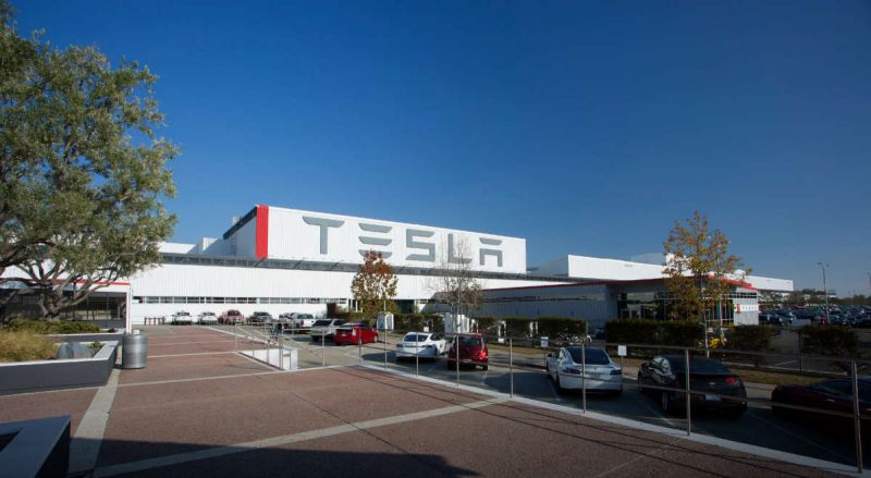 November 2, 2017 News of the Day: Tesla Loses $619 Million in Q3 & Builds Only 260 Model 3 Sedans, SF Motors Closes Acquisition of Automotive Assembly Plant In Indiana