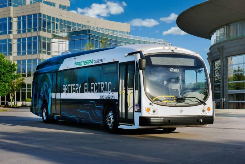 November 8, 2017 News of the Day: Mineta San Jose International Airport Selects Proterra for the First Electric Airport Bus Fleet, Vespa Debuts New Electric Scooter With a 62 Mile Range