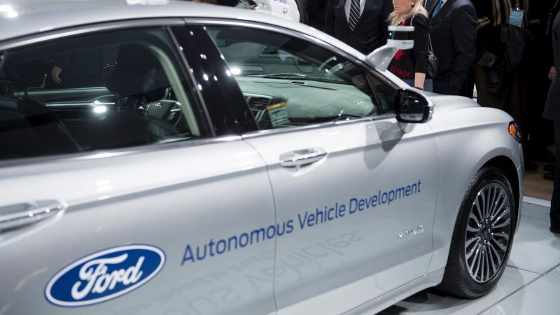 November 14, 2017 News of the Day: Ford's Head of Self-Driving Says Computing Power is the Key to Autonomous Driving, Mercedes-Benz is Opening its 6th North American R&D Lab in Seattle