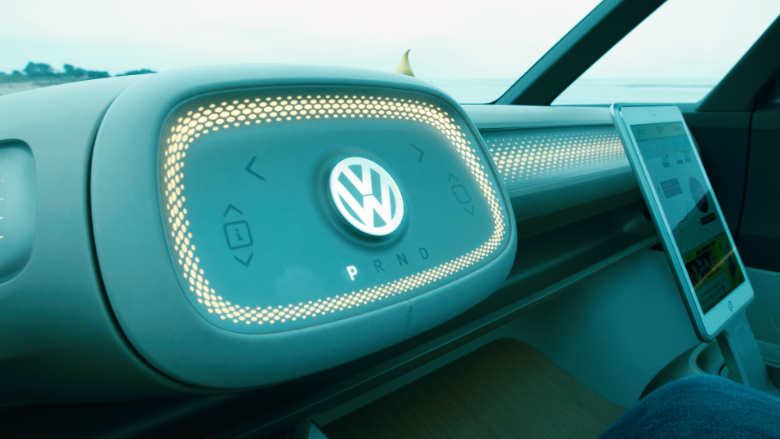 170819131027-vw-buzz-concept-car-interior-780x439.png
