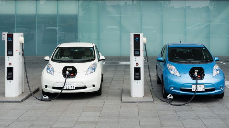 UBS Report: 1 Out of 6 Cars on the Road Will Be Electrified by 2025