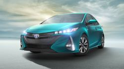 Toyota Plans to Sell 5 Million Electric & Hybrid Vehicles Per Year by 2030