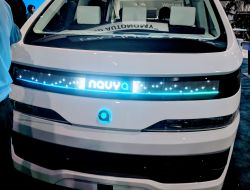Navya Debuts AUTONOM CAB at CES, Will Partner With Via on New Autonomous Ride-Sharing App