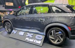 Hyundai's 2019 NEXO Fuel Cell EV Named Digital Trends Top Tech of CES 2018