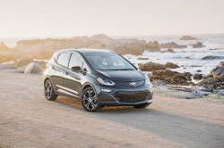General Motors Racing to Make Profitable EVs by 2021