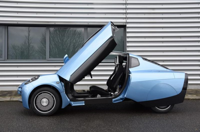 Welsh Company Introduces Tiny, Hydrogen-Powered Car