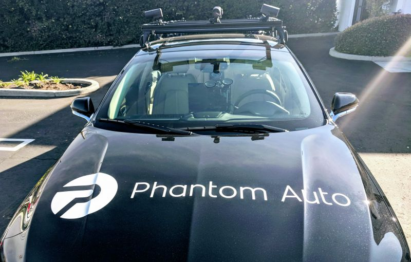 With a Human Backup, Phantom Auto Can Pilot Autonomous Vehicles Remotely