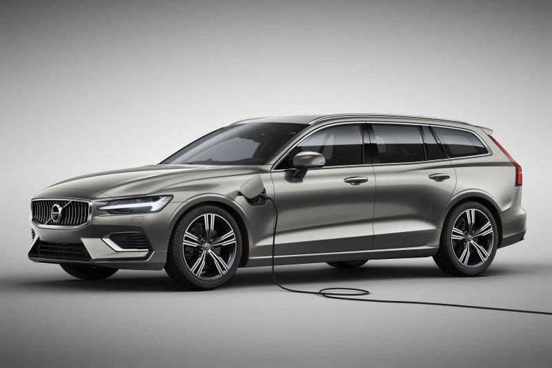 February 21 2018 News Of The Day Volvo Unveils New V60 Plug In Hybrid Wagon All Electric Mercedes Benz Truck Eactros Will Be On Road