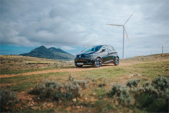 Groupe Renault and EEM Create the First 'Smart Island' Ecosystem Off the Coast of Portugal