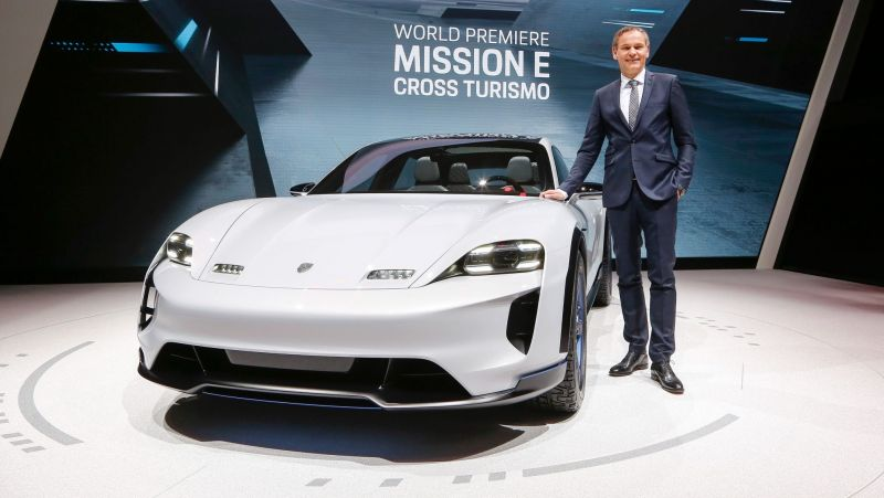 March 7, 2018 News of the Day: Porsche's Mission E Turismo Sets the Bar High for Tesla, Electra Meccanica to Produce its Three-Wheeled Solo EV in 18 Months