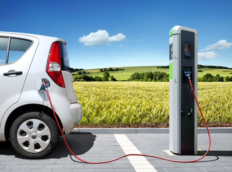 India to Focus on Building EV Infrastructure and Charging Stations