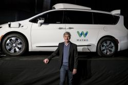 Waymo Releases Video From Inside its Driverless Minivans Showing Passenger Acceptance