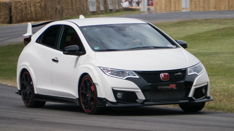 2015_Honda_Civic_Type_R_(19440073144).jpg