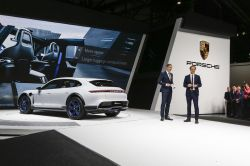 Porsche Planning for Electrified Cars to Account for 25 Percent of Car Sales by 2025