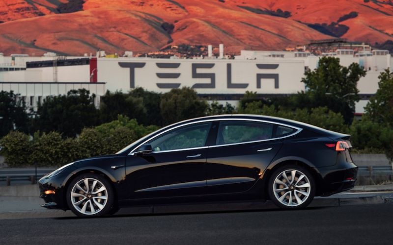 Tesla suspending Model 3 production for several days to address 'production bottlenecks'