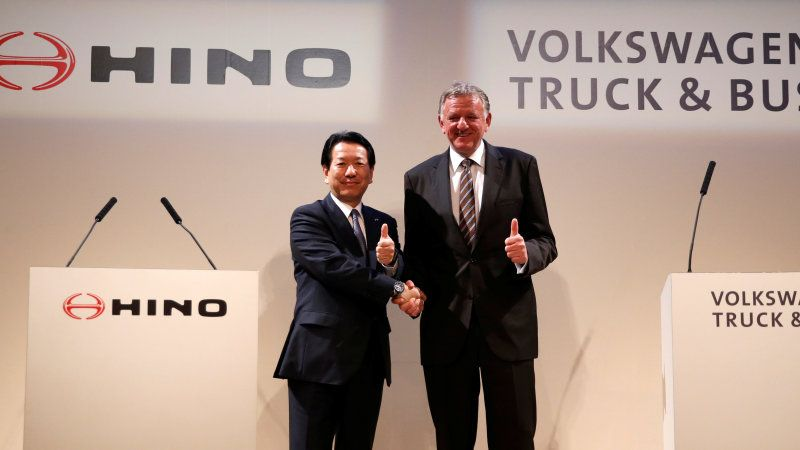 Volkswagen and Toyota Agree on Self-Driving Truck Partnership