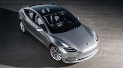 Tesla CEO Elon Musk Calls Excessive Automation for the Model 3 a Mistake