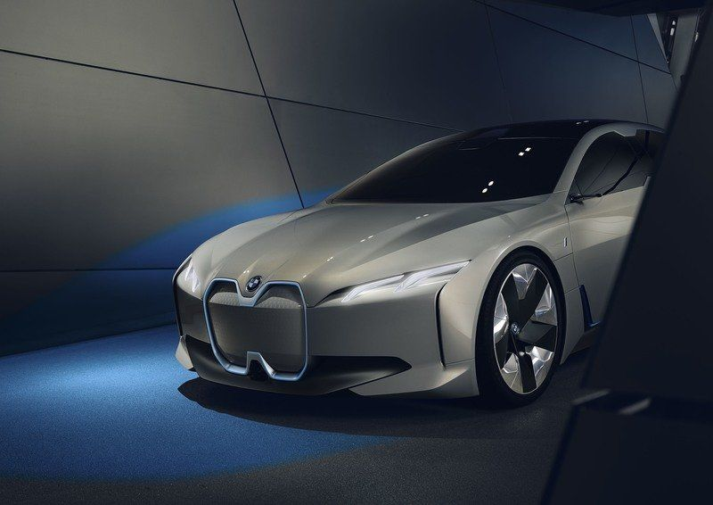 BMW Will Not Compromise on Design of Upcoming Cars for Sake of Batteries