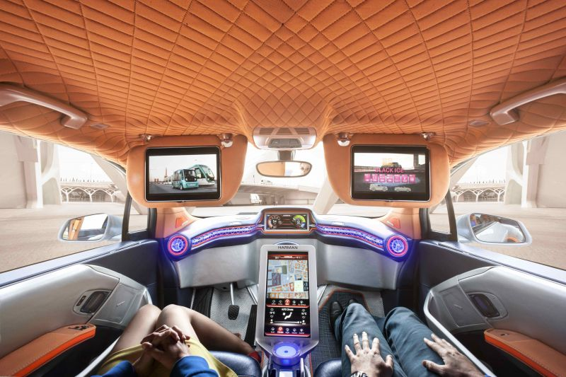 Here's How Advertising Companies Will Capitalize on Driverless Cars