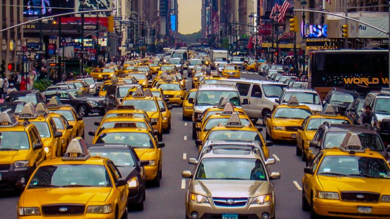 MIT's Dispatching Algorithm Can Minimize a City's Taxi Fleet by 30%