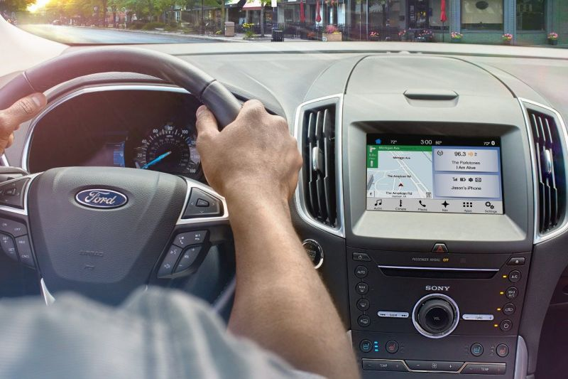 Ford and Waze Partner to Introduce New Features for iPhone Users