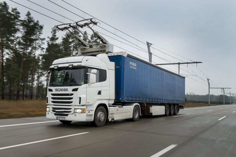 Scania Supplies Trucks for VW-Siemens eHighway Project