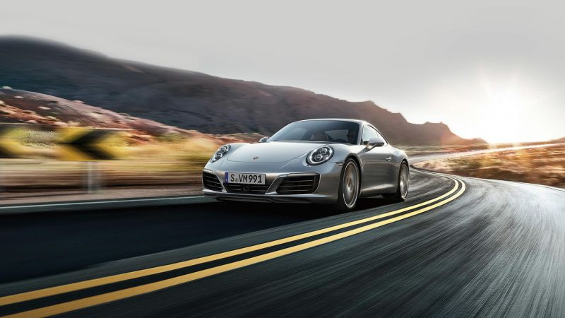 Porsche to Introduce Two New Plug-in Hybrid Models