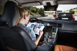 Is Calling Cars 'Autonomous' Dangerous? Auto Experts Believe it is