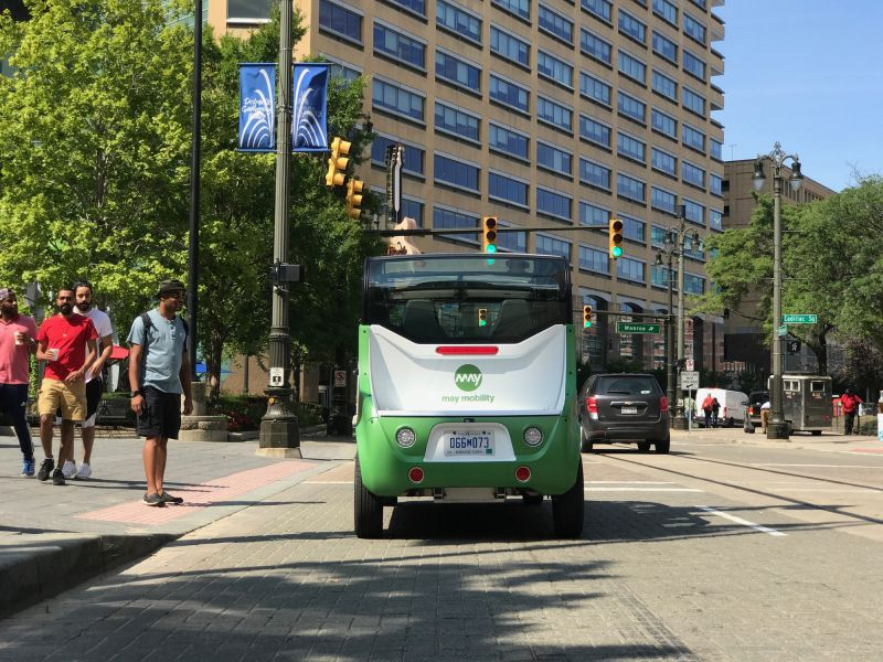 May Mobility Partners with Magna to Scale Self-Driving Shuttle Fleet