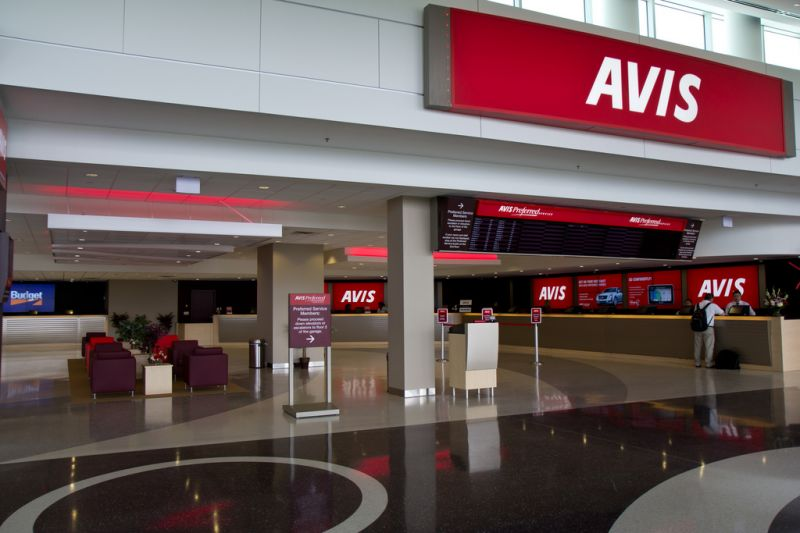 Avis to Provide Rental Cars to Lyft Drivers