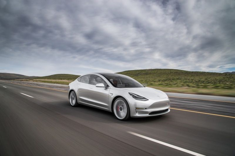 Tesla Model 3 Breaks into Top 10 U.S. Passenger Car Sales in July